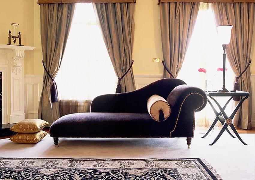 Feminine relaxed interior