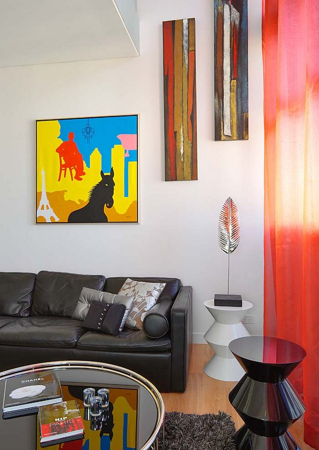 Artwork powerful effect in interior spaces